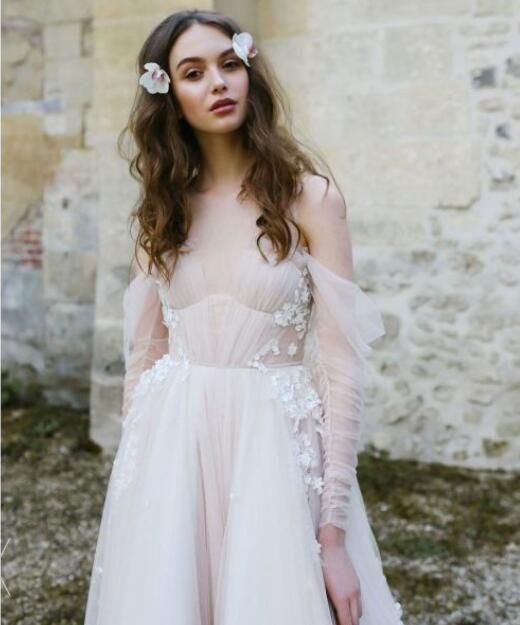 a18b320ecba98 Long Sleeve Bohemian Beach Wedding Dresses Cold Shoulder Boho Rustic  Wedding Dress