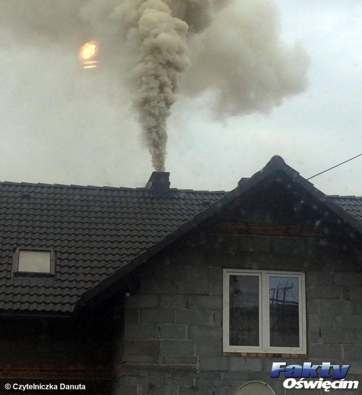 Kontrole kontrolami, a kominy dymią – FILM #Oświęcim #powiat #powietrze #piec #komin #śmieci #palenie