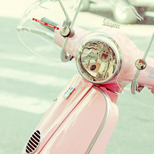 pink vespa!