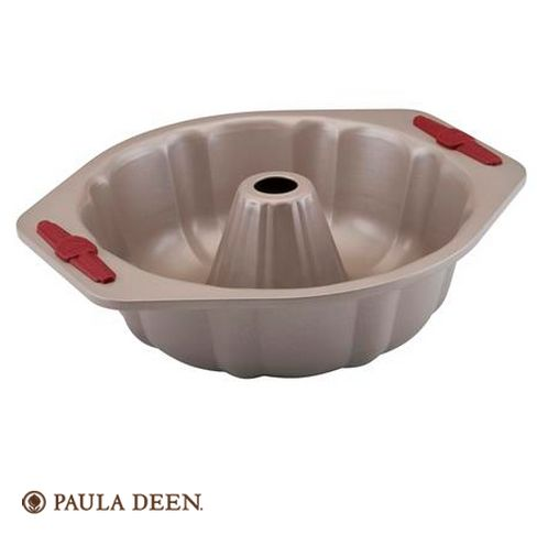 Unmold a gorgeous fluted cake for spectacular presentation with ease, thanks to the stylish, efficient Paula Deen Signature Bakeware Nonstick 10-Inch Fluted Mold Pan.