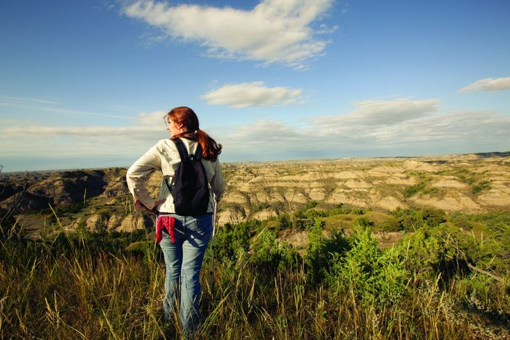 Where to Eat, Sleep, Play, and Hike in Theodore Roosevelt National Park