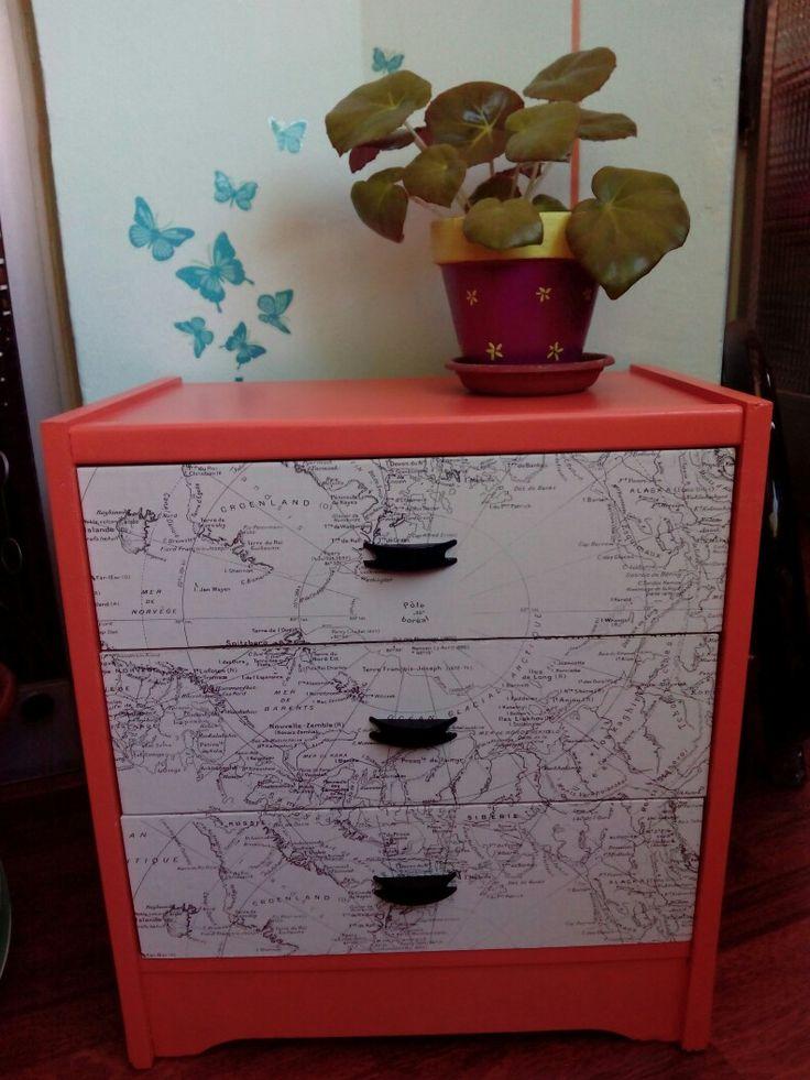 Espacio decorado!  maderademindi.blogspot.com #restaurando #decor #diy #creative #mapa #maderademindi #muebles #transformando #nuevosproyectos #cajoneras #decoracion #ideas #moderno #desing #color