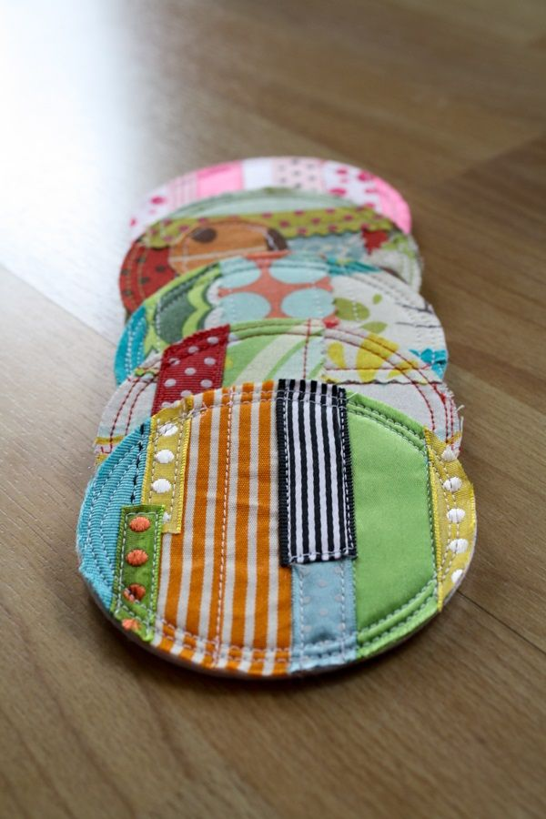 Love the coasters! Pin now, sew later.