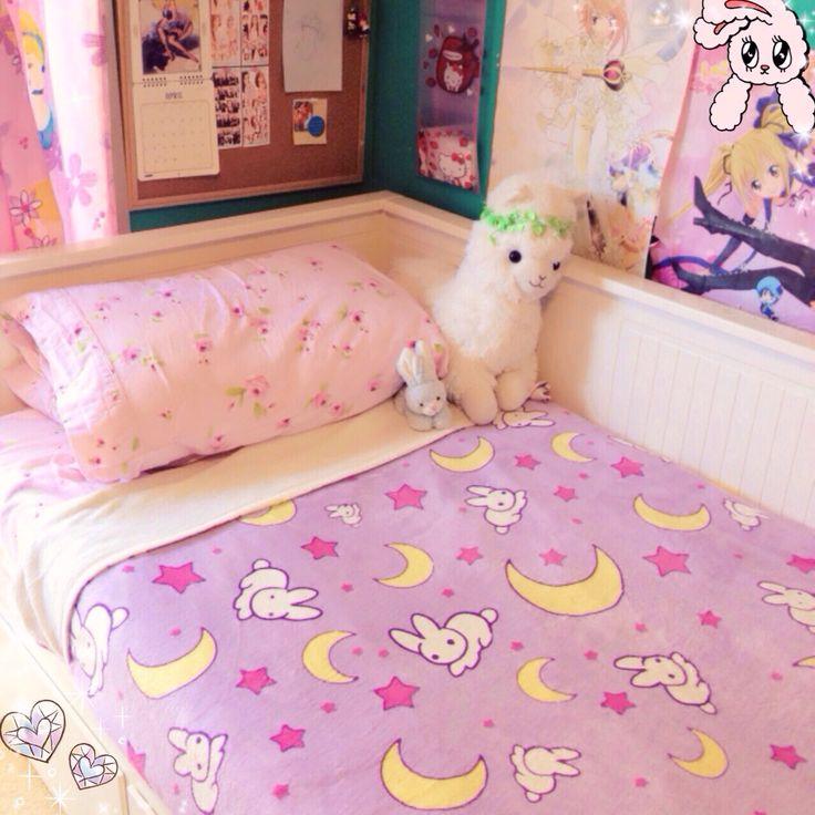 Usagi tsukino bed sheets i want themm kawaii bedroom for Cama kawaii