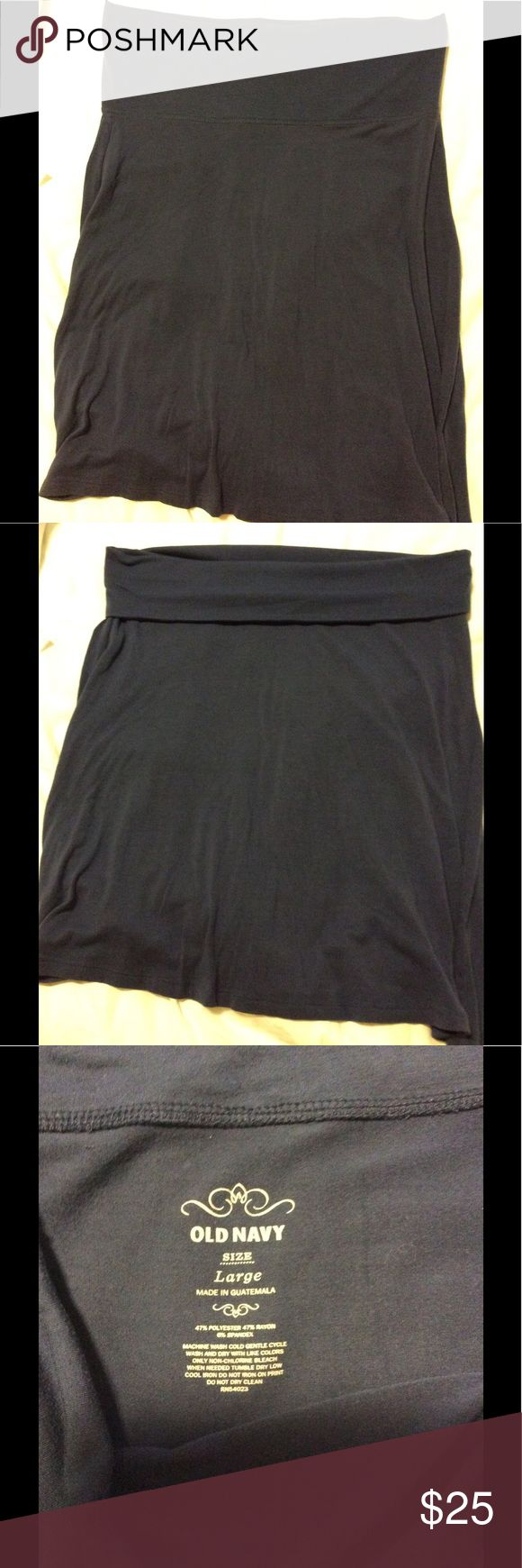 "Old Navy easy yoga skirt Old Navy pull on skirt. 23"" long. Can fold down, or not! Old Navy Skirts"