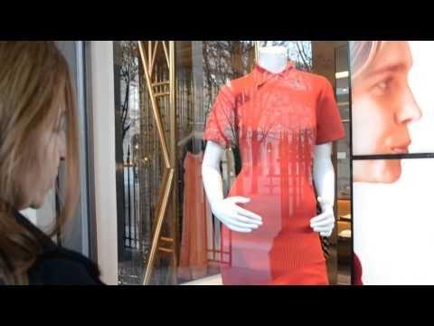 Париж встретил нас цветущими магнолиями, запахом весны и новыми коллекциями!  Редактор UAreFASHION встретилась с французским дизайнером Aska Blazejowska, которая рассказала о своем бренде ASKA, поделилась своим вдохновением и провела небольшую милую экскурсию по бутикам Парижа. #UAreFASHION, #uarefashion, #fashion, #paris
