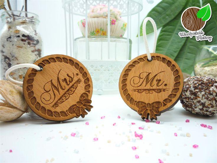 personalisierbare Partneranhänger aus Holz. beidseitige Gravur