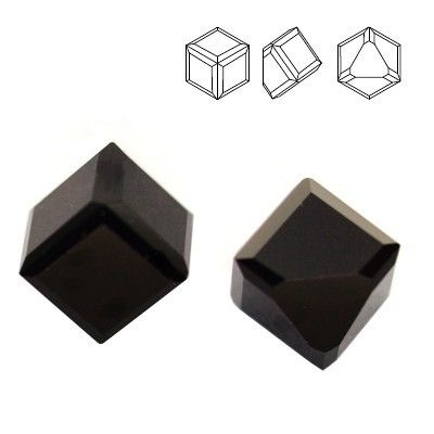 4841 Cube 4mm Jet  Dimensions: 4mm Colour: Jet 1 package = 1 piece