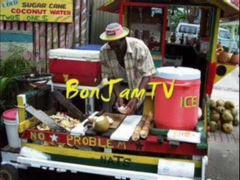 ▶ Everton Blender - Ghetto People Song - YouTube