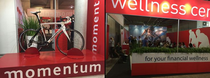 Momentum exhibition stand