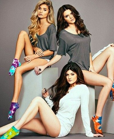 Kendall Jenner, Kylie Jenner, and Pia Mia  Pinterest: cbaty2016