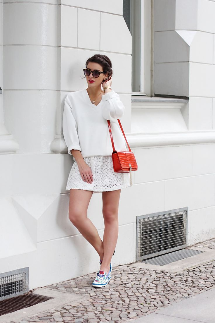 all white and orange bag signer designer purse vila dress max mara sunglasses peter kaiser sliders schuhe slippers floral summer berlin samieze fashion blog streetstyle look