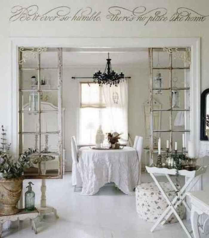 Portarrollos Baño Vintage:Repurposed Doors as Room Divider
