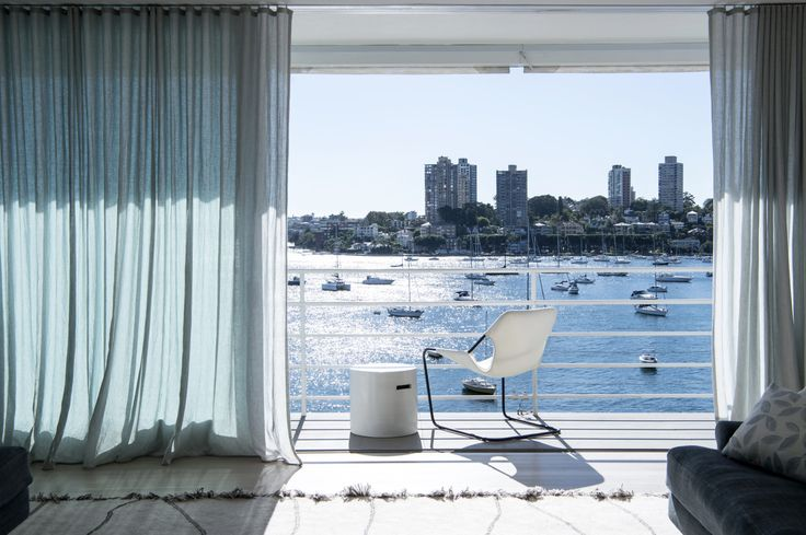 http://contemporaryhotels.com.au/accommodation/sydney/macleay-potts-point/  Contemporary Hotels has re-established the definition of luxury accommodation delivering this sophisticated holiday apartment at its premium Potts Point location.