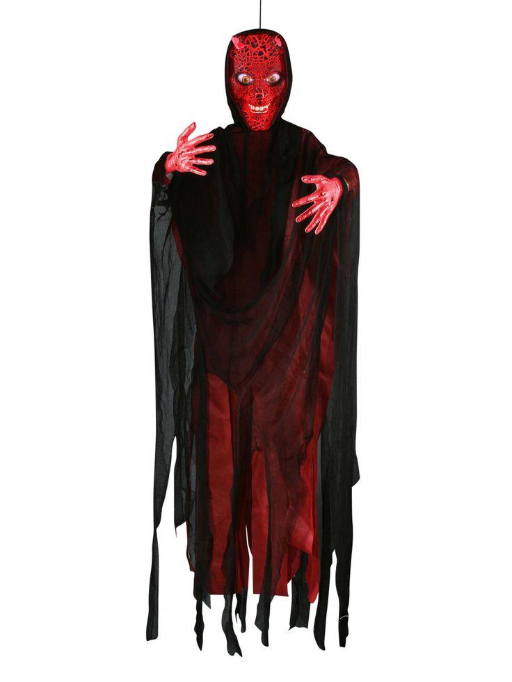 Schauriger Teufel mit Leuchteffekt Halloween-Hängedeko schwarz-rot 183cm. Aus der Kategorie Halloween Partydeko / Halloween Deko-Figuren. Wenn dieser Deko-Teufel schon am Eingang hängt, dann kann es wohl keinen Zweifel daran geben, dass Ihren Gästen eine wahrhaft diabolische Halloween-Party bevorsteht!