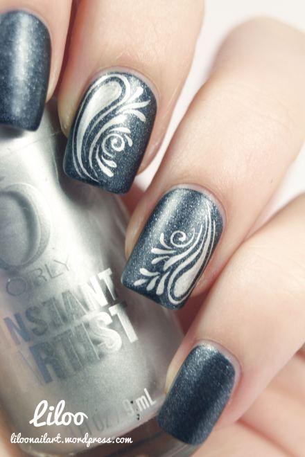 nail art - accent nails: Golden Rose matte velvet n°109 + Orly Instant Artist