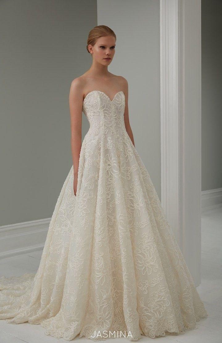 A line wedding dress from 2015 Steven Khalil Wedding Dress Collection : http://www.itakeyou.co.uk/wedding/steven-khalil-bridal-2015-collection/ #weddingdress: