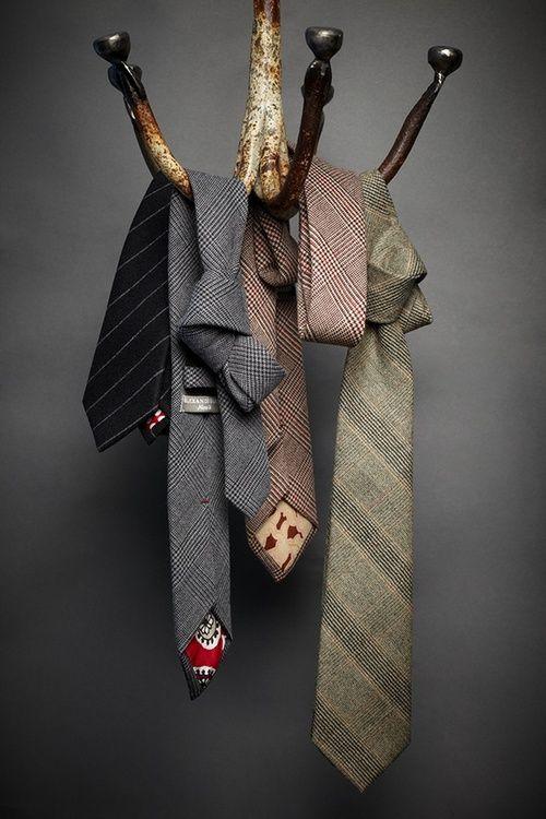 Alexander Nash, Winter Ties