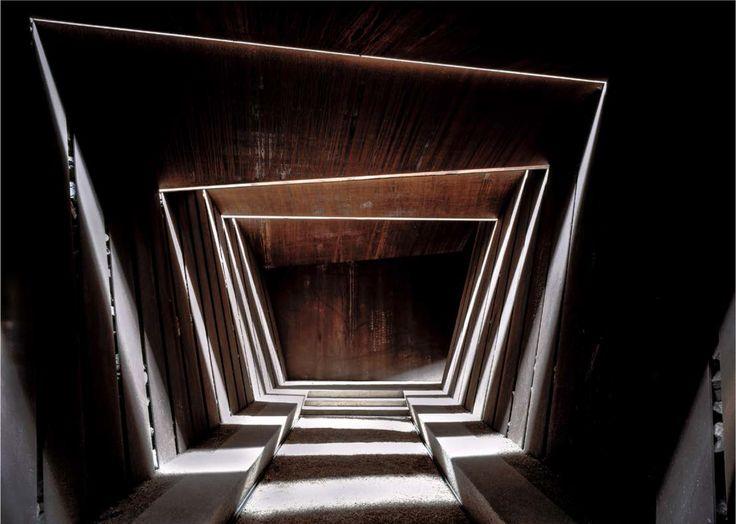 Rafael Aranda, Carme Pigem y Ramon Vilalta, ganadores del Premio Pritzker 2017,Bell–Lloc Winery (2007). Palamós, Girona, Spain. © Hisao Suzuki. Image Cortesía de Pritzker Architecture Prize