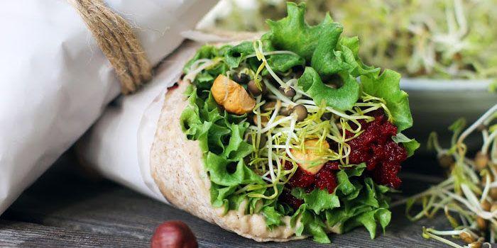 BELUGAWRAPS MED GRODDAR OCH BÖNRÖRA  Tips på urgod picknickmat, som också är perfekt att ta med som lunch till jobbet. Mättande och somrigt fräsht!