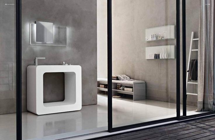 Designový nábytek v duchu italského minimalismu od Toscoquattro, kompletní kolekci naleznete zde: http://www.saloncardinal.com/galerie-toscoquattro-410