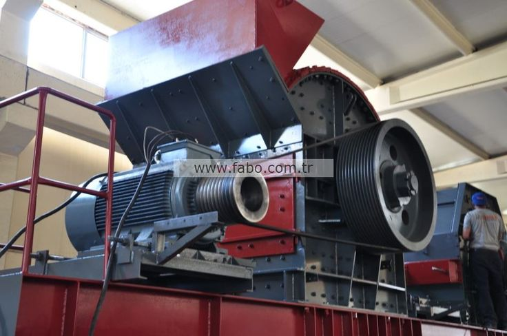 KDK 800 Impact Crusher's body is made from metal sheet 15 mm ST 52 and side linings are covered with 16-18 chrome alloyed manganese.    KDK 800 Impact Crusher has total of 7 breaking ribs.  KDK 800 Impact Crusher has an adjustment block.  KDK 800 Impact Crusher has 2 rotor and 6 pallets.  KDK 800 Impact Crusher has long-life with 100-150 t/h capacity, high quality and durable design.    KDK 800 Impact Crusher is offerable right now.
