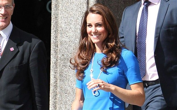 Duchess of Cambridge is given £300,000 thank-you by Buckingham Palace
