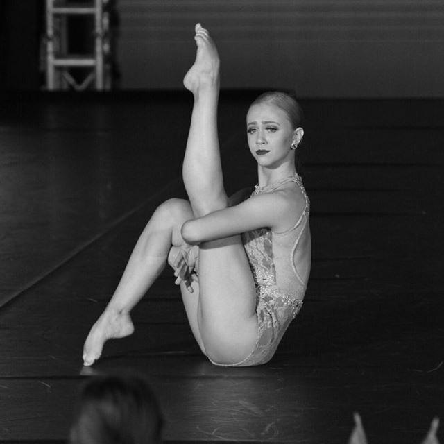 Anna Gassett - Professional Dance Center #ballet #dancer