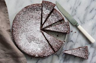Torta Caprese (Chocolate and Almond Flourless Cake) Recipe on Food52 recipe on Food52