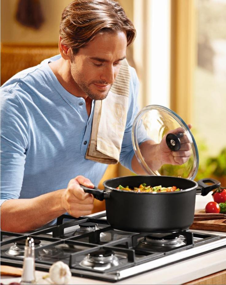 Gotowanie w takich garnkach sprawi przyjemność… każdemu. Najnowsza kuchenna oferta by Lidl.
