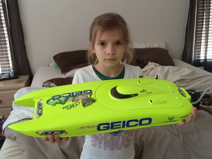 New Proboat Miss Geico 24