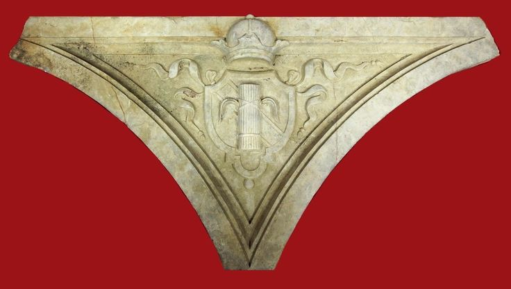 Marble element with the Vasa crest from the Royal Castle or Villa Regia Palace in Warsaw, 1630s, Muzeum Warszawy