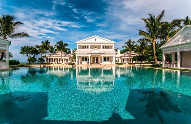 Celine Dion's FL home and pool ... mostly pool!