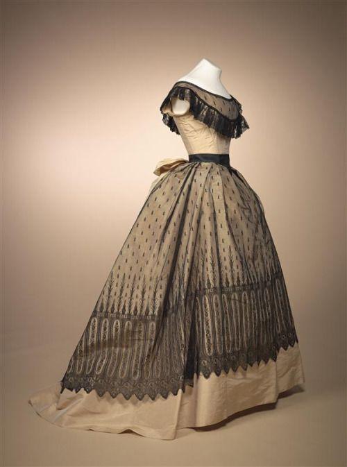 Evening dress, 1868From the Gemeentemuseum Den Haag via...