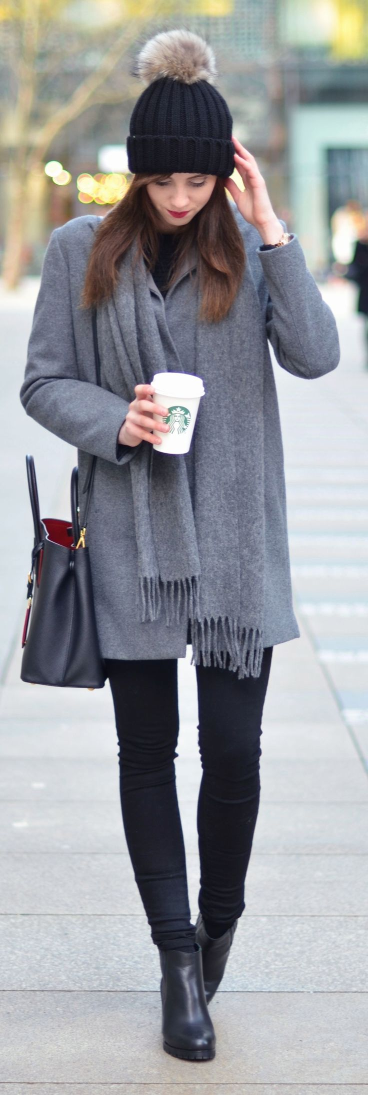 Grey And Black Winter Outfit Ideas for Fall/Winter.