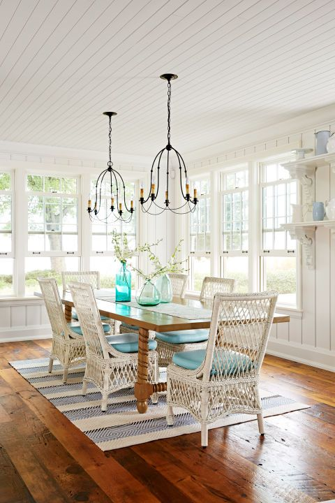 """To recreate the feel of a seasoned waterfront cottage, they reached out to Sarah Richardson Design, a firm known for its collected-over-the-years look. """"A house should have soul. I love reimagining vintage pieces. It gives a home instant personality,"""" says founder Sarah Richardson, who enlisted senior designers Natalie Hodgins and Kate Stuart to tackle the project."""