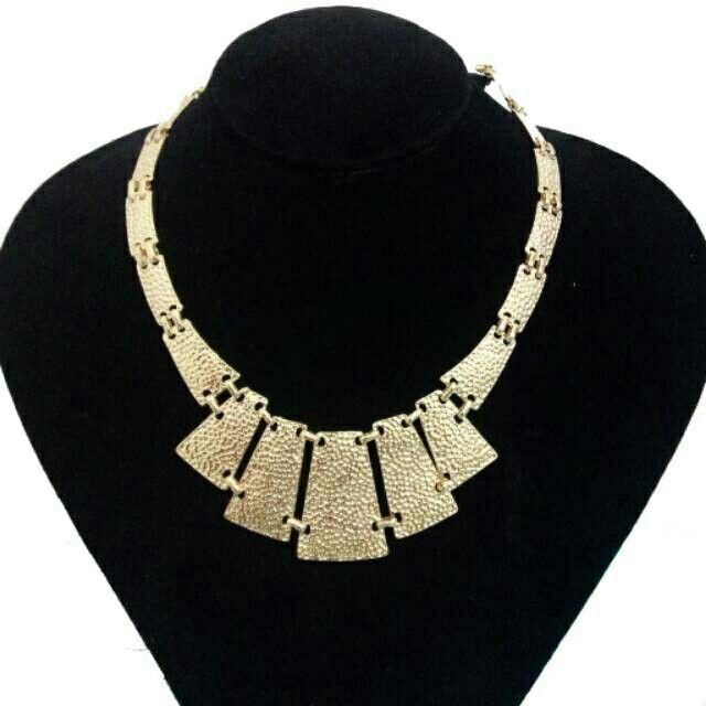 Saya menjual Gold Chain Necklace seharga Rp93.000. Dapatkan produk ini hanya di Shopee! http://shopee.co.id/deventostore/2404836 #ShopeeID