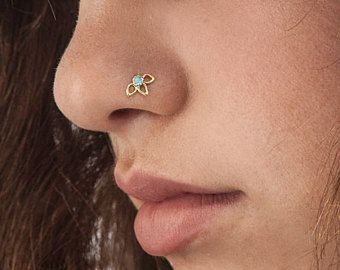 Nose Stud, Nose Pin, Flower Nose Stud, Gold Nose Stud, Nose Screw, Nose Ring, Minimalist Flower, Elegant Piercing, Gold Pin