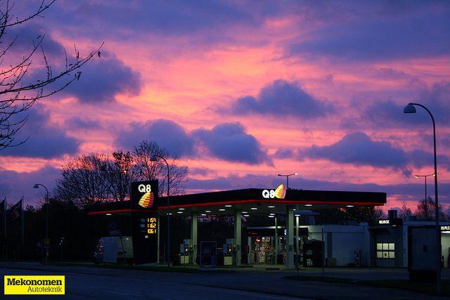Q8 så fantastisk ud i den røde morgensol når man stod og kiggede fra Mekonomen Autoteknik - ES Motor på en kold november morgen i 2013. Billedet er taget af Mads Grotenberg fra Mekonomen Autoteknik - ES Motor, Vallensbækvej 6, 2605 Brøndby.