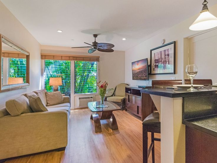 Aina Nalu Premier Platinium D106 Last Minute Special - Contact Us for Details!. We invite you to come and stay in our upgraded condo just two blocks from fa...