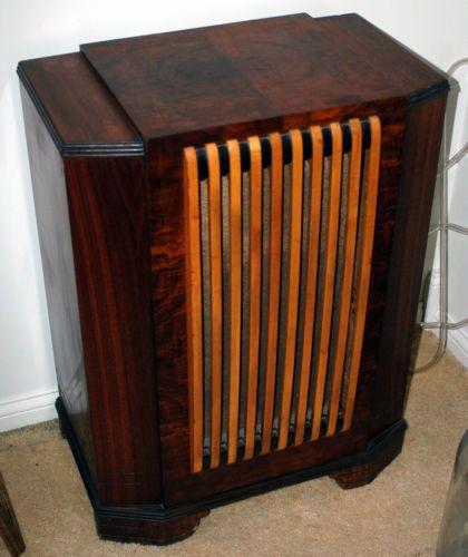 Jensen Art Deco Speaker Cabinet Sold For $1,293