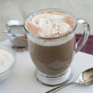 Salted Caramel Hot Chocolate | yummie ideas | Pinterest