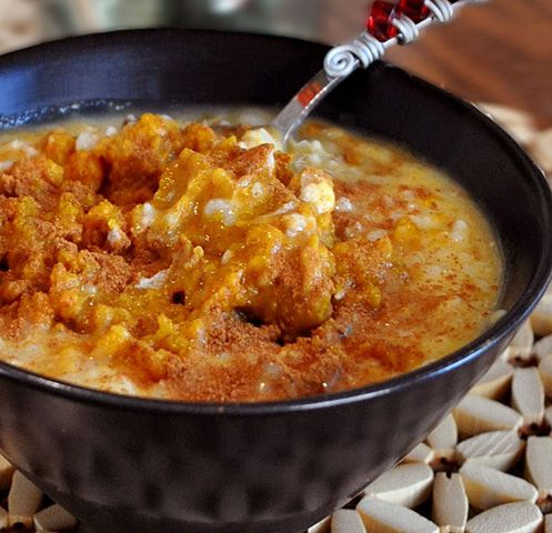 Pumpkin Pie Oatmeal- make it in 5 minutes or less. http://chocolatecoveredkatie.com/2010/10/20/how-much-do-you-love-pumpkin-more-than-artisana-coconut-butter/