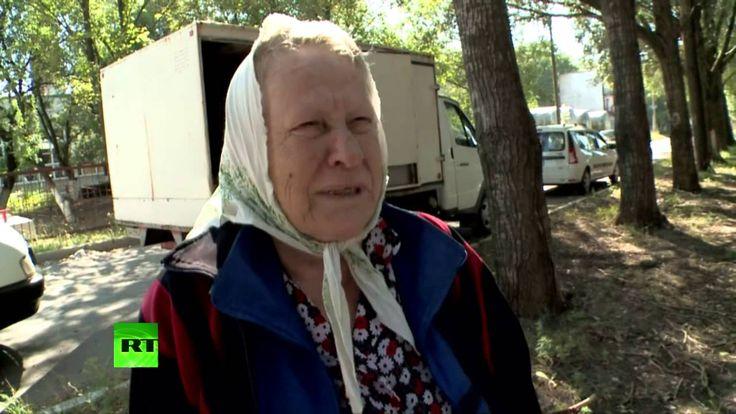 Porošenko, dívej se, hade! Domobrana rozvážejí humanitární pomoc do měst Jihovýchodu Ukrajiny. Jesenovatoje. Strašné záběry! Humanitární katastrofa! Statísíce lidí bez vody a jídla, bez elektřiny, spojení a VODY!