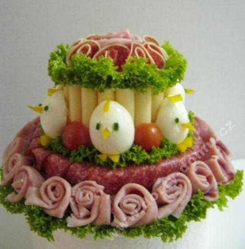 slaný dort patrový s kuřátky