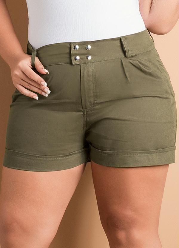 Short Feminino Plus Size (Verde Musgo)