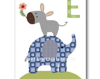 Items op Etsy die op Kinderkamer kunst afdrukken, baby kinderkamer inrichting, kinderkamer afdrukken, Kids kunst, olifant, Leeuw, zebra, koala, Set van vier 8 x 10 prints Jungle dieren lijken