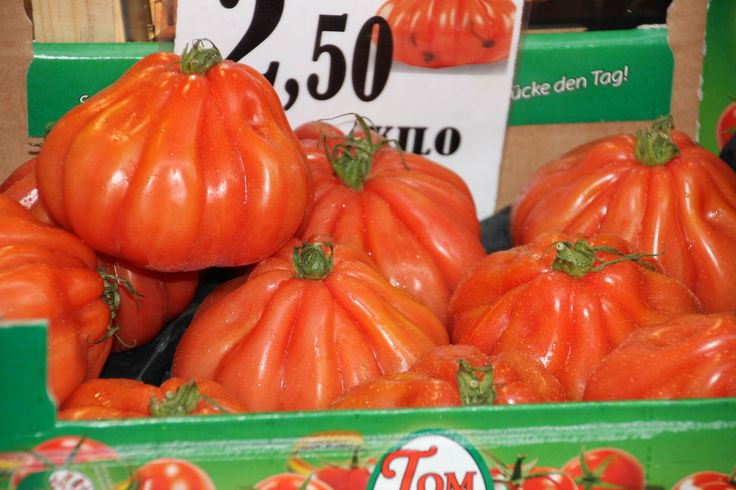 Glorious tomatoes in the Markt Square in Brugge