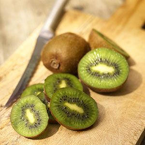delicious super food kiwis
