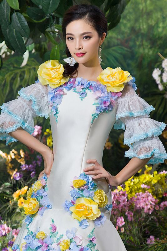 Dathybridal 高品質の ブルー 手作りの花付き ファスナー マーメイドライン #サテン チュール ラウンドネック 七分丈スリーブ #カラードレス 結婚式 花嫁ドレス Cfz0002